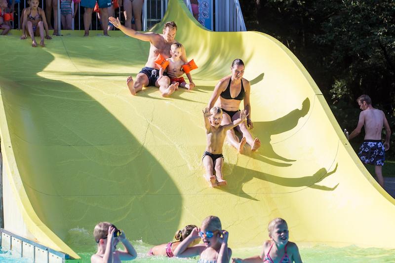 Zomer zwembadspelen – survivalparcoursbaan - Visit Hardenberg