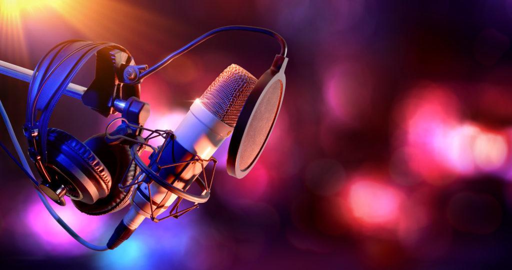 The Fellowship of Acoustics / Theater Dina